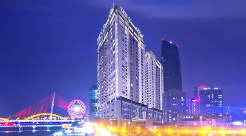 Zen Diamond Suites Hotel Danang 1