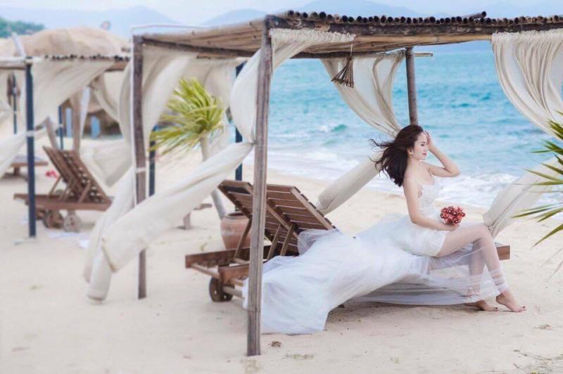 chụp hình cưới tại sao biển resort cam ranh 23