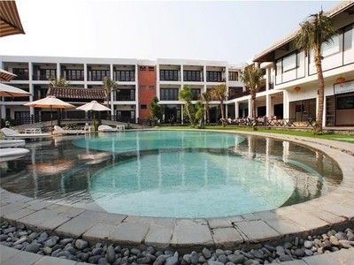 RIVER BEACH RESORT & RESIDENCES HỘI AN